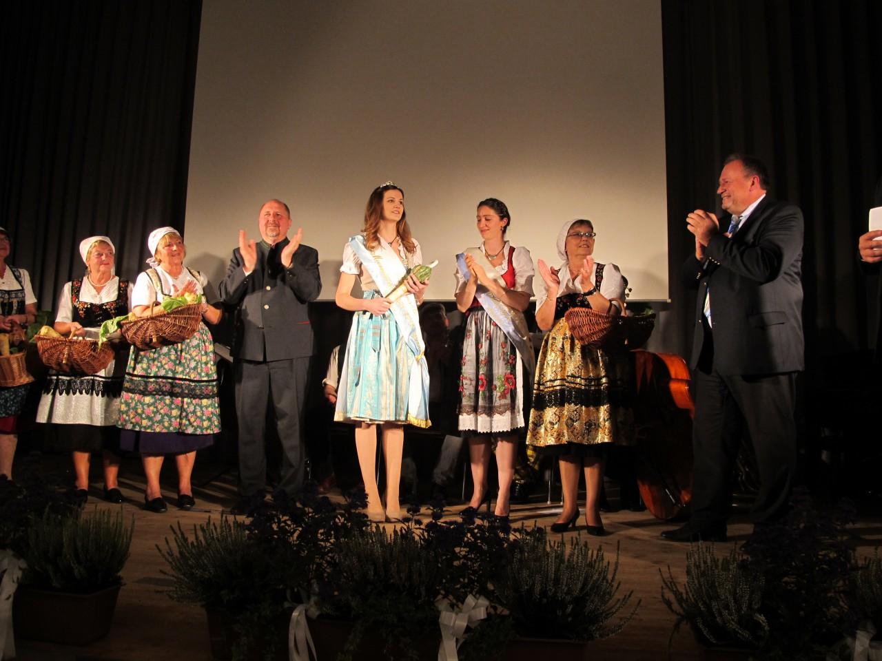 Baiersdorf hat eine neue Königin: Christine I. präsentiert sich erstmals der Öffentlichkeit.