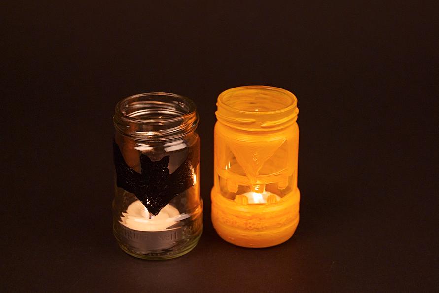 Schön gruselig: Unsere Schamel-Glas-Windlichter mit Halloween-Motiv.