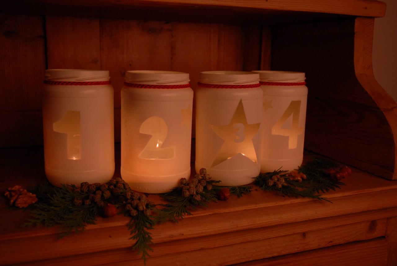 Sicher und schön: In Schamel-Gläsern flackern Kerzen im Advent besonders besinnlich.