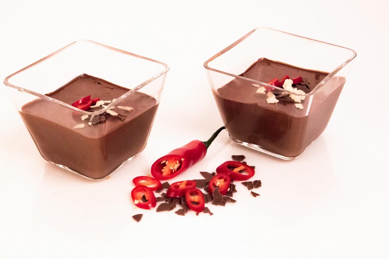Das Dessert: Meerrettich-Schoko-Chilli-Mousse.