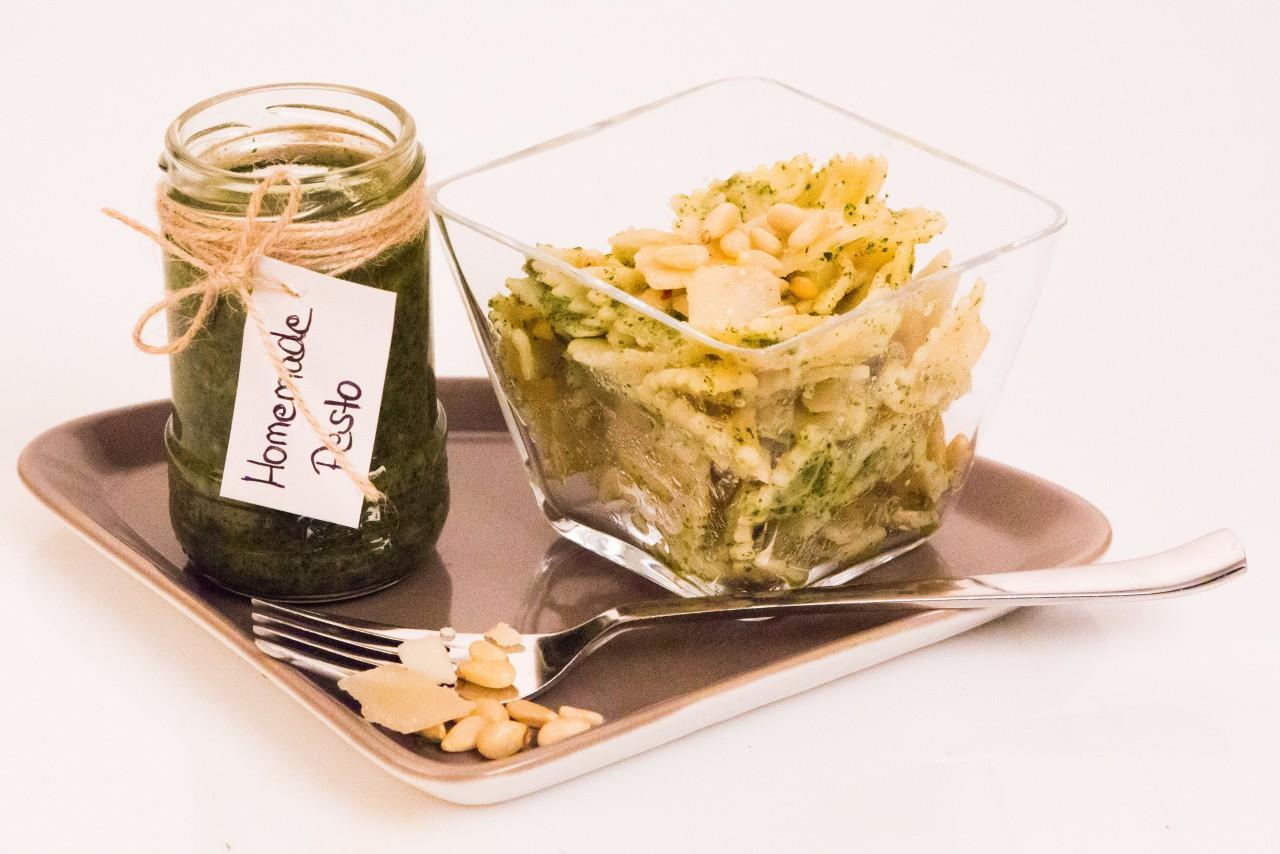 Voll vegan: Pesto mit Schamel Meerrettich Rachenputzer(R).