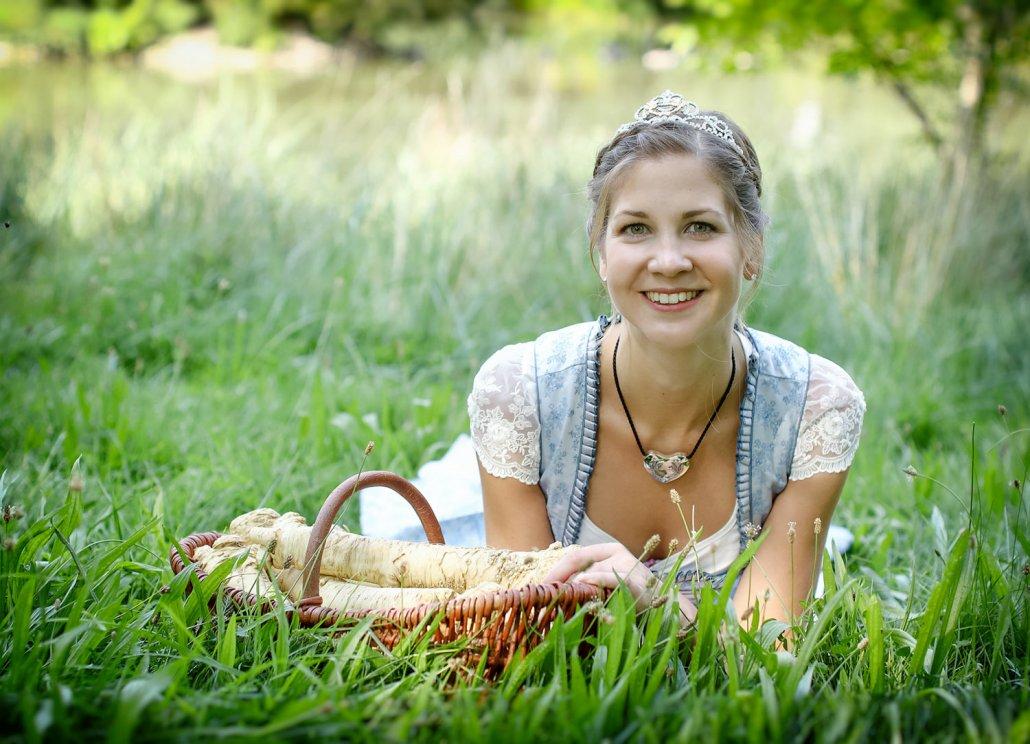 Maria Kohlmann ist als Maria I. nun bis 2019 Bayerns Botschafterin für den Kren. (C) Stadt Baiersdorf – Fotostudio am Schloß